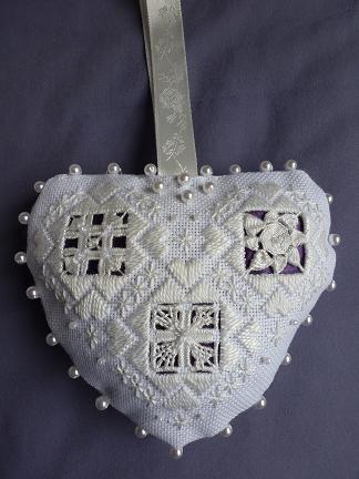 Mary Joan Stitching: Hardanger Gallery - Bride's Token