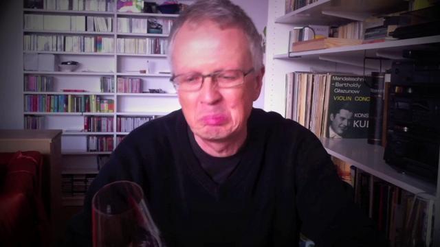 Jak smakują tanie wina z Tesco? Winicjatywa próbuje ich w ciemno, nie wiedząc co to jest. Czy autorzy zgadną cenę?