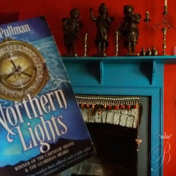 Weekend away staying in a colourful apartment - filled with treasures from India, Bali and Morroco. Love it when there are lots of books to read - Philip Pullman Northern Lights Bx  #bookstagram #indianinteriors #bali #morroco #books #philippullman #northernlights #calstock #calstockviaduct #airbnb #beblackwell #authorbeblackwell