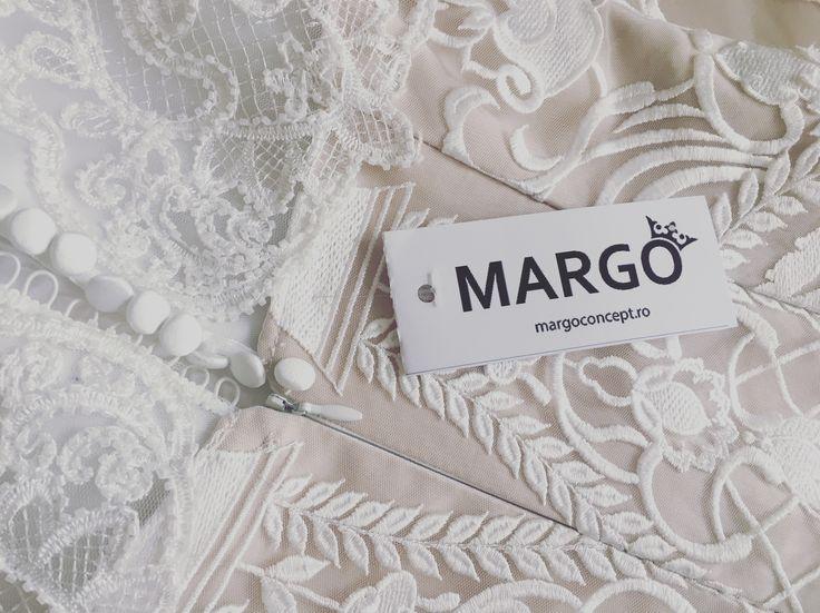 Precious details... #dress #bride #wedding #precious #margo #margoconcept #nunta #luxury #luxurious #luxurydress #preciousdress #dress2impress #dresstoimpress #dressoftheday #embroidery #ivory #precious #pearls #swarovski #lace #broderie #perle #margele #brasov #mireasa #rochiedemireasa