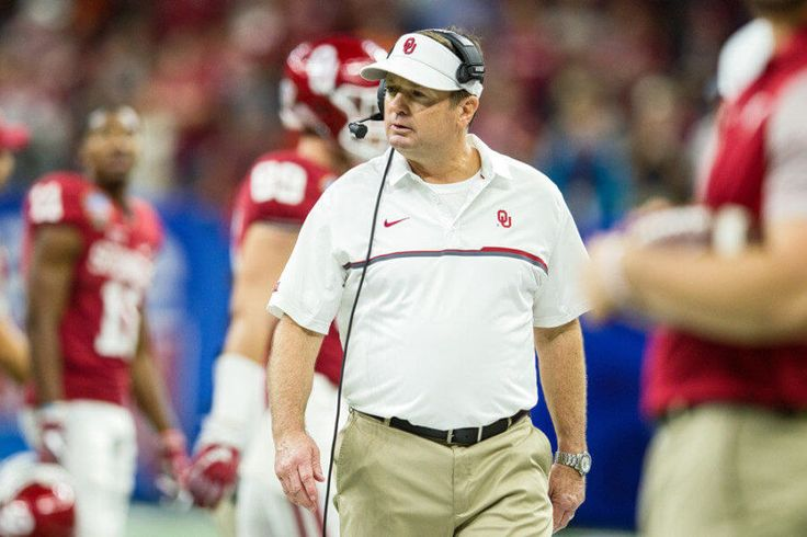 Report | Oklahoma head coach Bob Stoops to retire = Oklahoma football head coach Bob Stoops is reportedly scheduled to tell his team on Wednesday that he plans to retire, the news first reported by Berry Tramel of News Oklahoma. Tramel noted the reins will be handed to.....