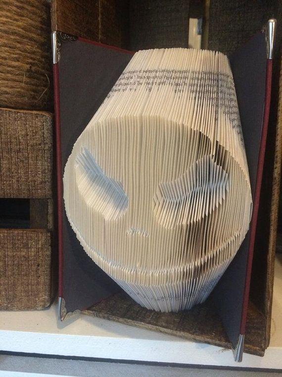 Book folding pattern for Halloween Skeleton by BookFoldingForever