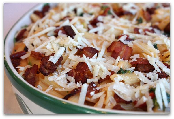 baked penne with spinach roasted red peppers bacon- I mean who doesn't ...