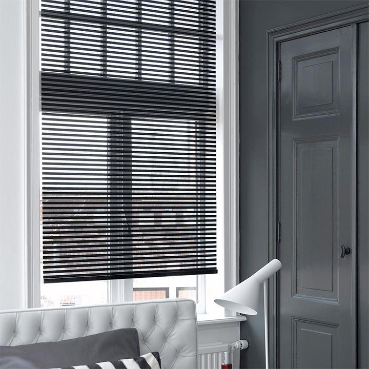 Te koop bij www.cdinterieurs.nl  Laat u inspireren door Luxaflex® raamdecoratie. Facette® Shades - 14 mm