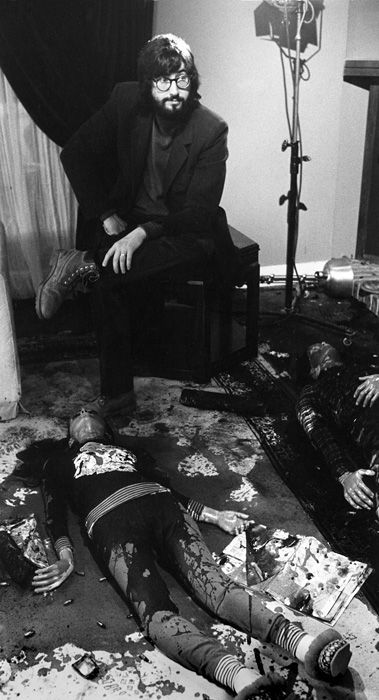 John Landis on the set of An American Werewolf in London