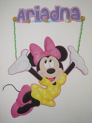 Aplique de Minnie Mouse de 90cms de alto.