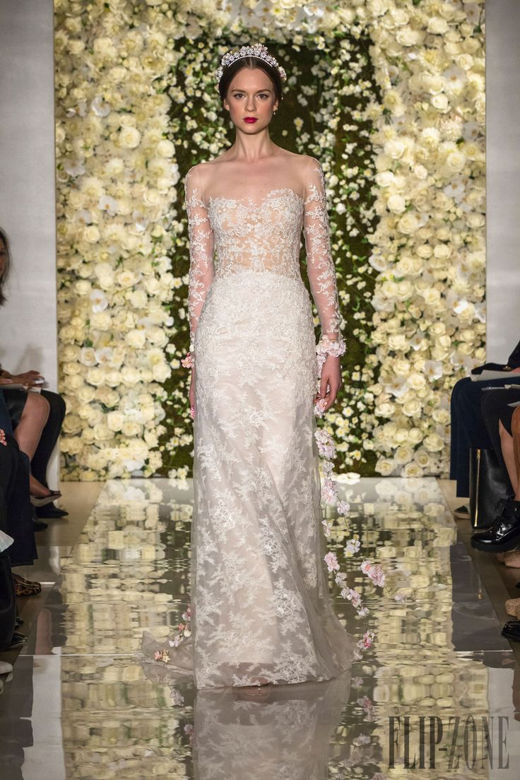 Reem Acra Autunno-Inverno 2015-2016 - Sposa - http://it.flip-zone.com/fashion/bridal/the-bride/reem-acra-5468