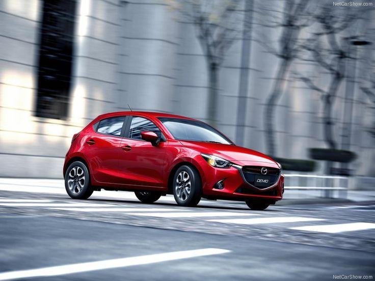 2015 Mazda 2 Euro-spec Side Angle
