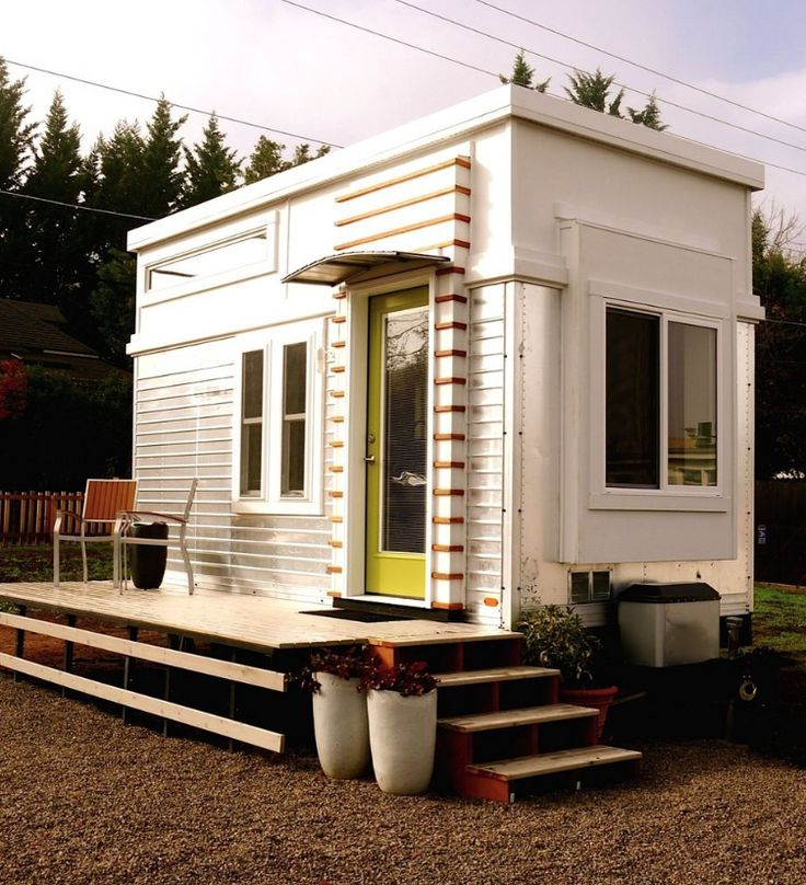 Best 25 tiny guest house ideas on pinterest building a for Guest house models