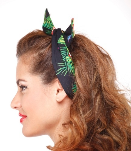 Super cute! This Rockabilly headband-scarf is perfect for a day out with the family. :) Bidding starts at $6. - xoxo Matilda