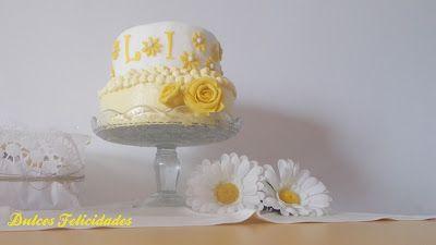 Dulces felicidades: Tarta con margaritas amarillas: receta de bizcocho... #fondantcake #tartafondant #yellowcake #margaritas