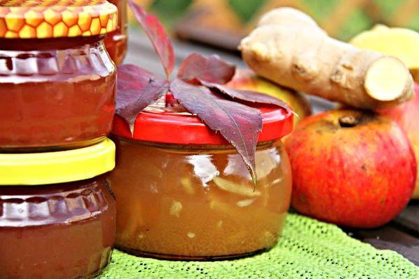 Jablečný med se zázvorem http://www.receptyonline.cz/recept--jablecny-med-se-zazvorem--16946.html