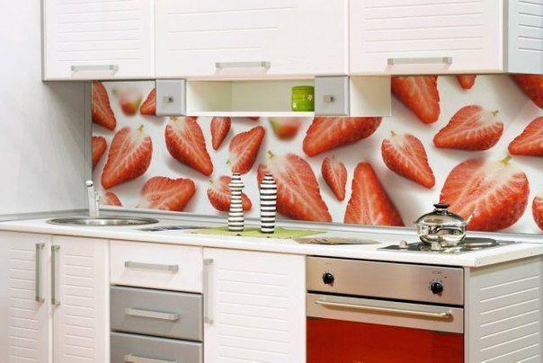 Скинали (фартук для кухни) клубника.skinali strawberry panel interior design glass glass panels