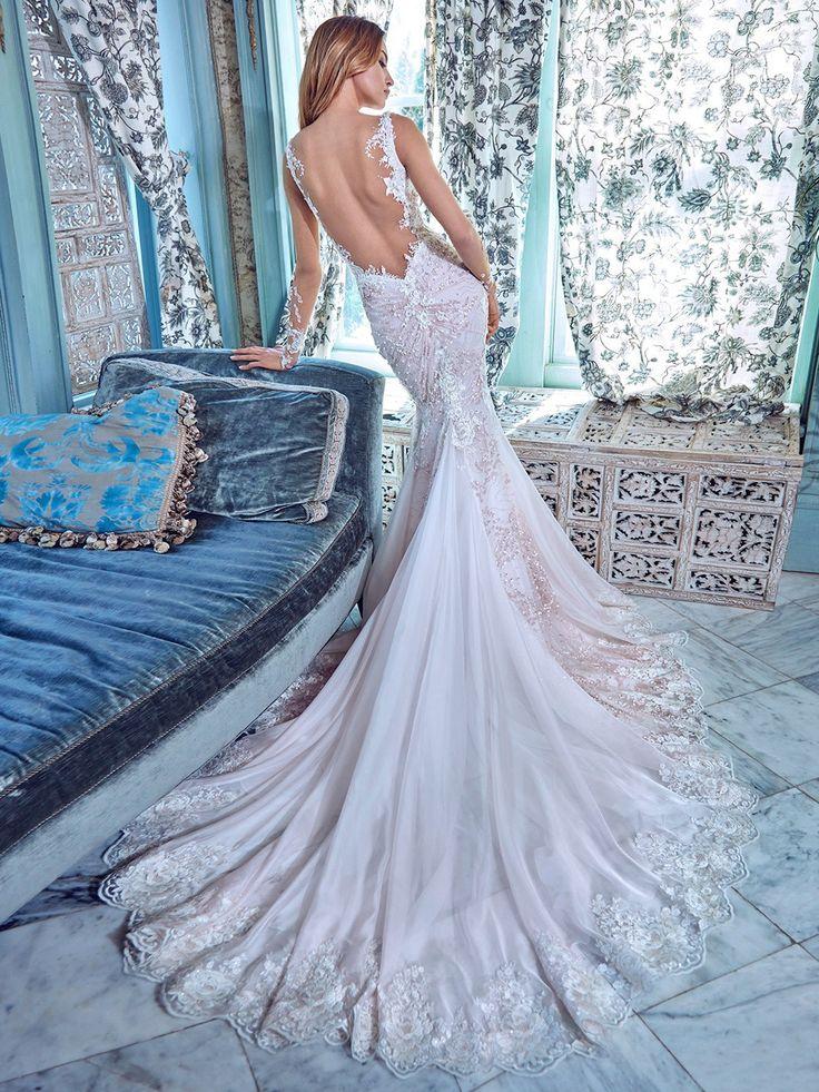 Daria – Galia Lahav Spring 2017 Bridal Collection. www.theweddingnotebook.com