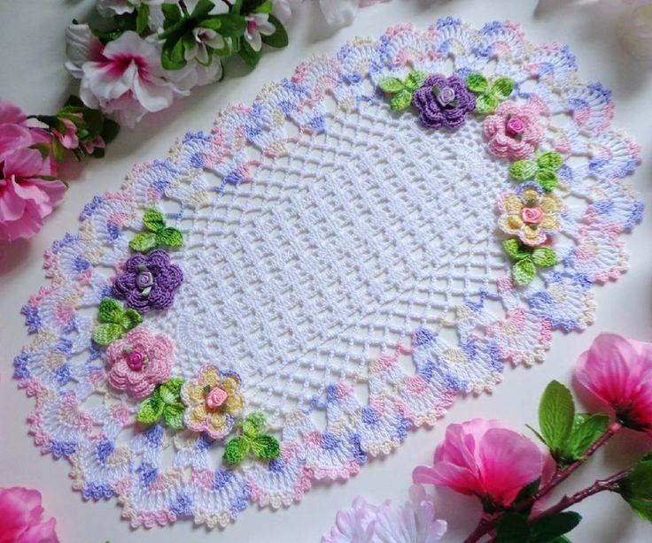 Luty Artes Crochet: Achei estas lindas toalhinhas na web......Lindas!!!!