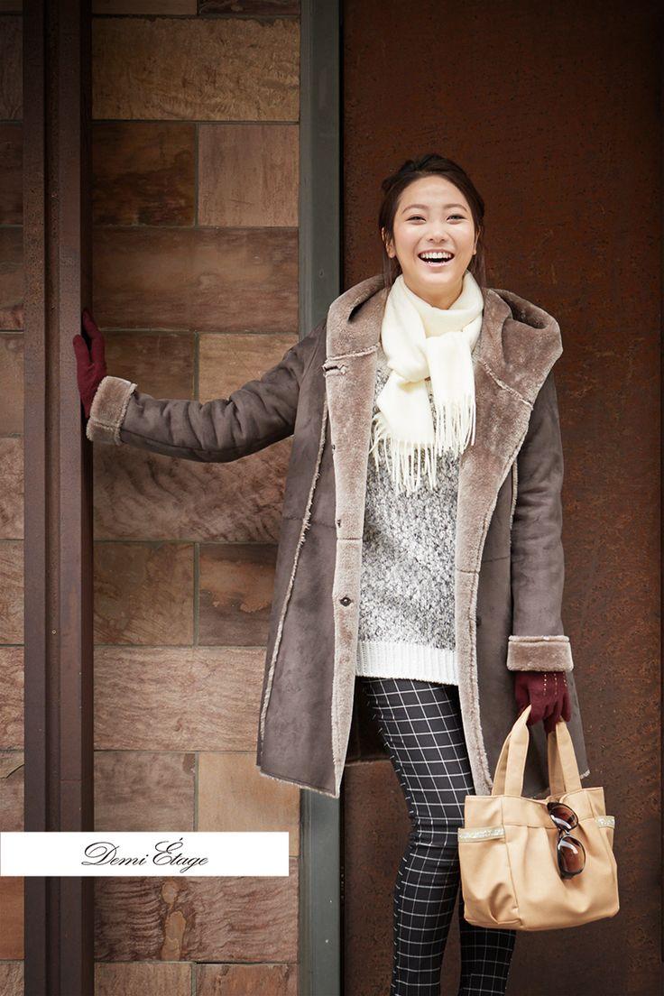 ムートンコートの程よい色味とボリューム感が大好き♡ #kumiko_coordinate #大人カジュアル #demi_etage #ドゥミエタージュ #ムートンコート #ブラウン #冬コーデ #ootd #fashion #もこもこ #あったかコーデ #お出かけ #casual