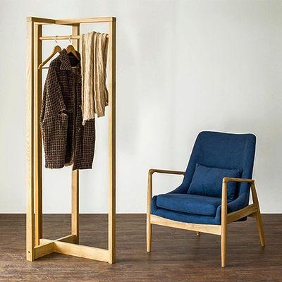 Pas cher Nordic créative meubles IKEA étage de suspension chambre intérieur chêne blanc bois cintre cintre seul coup, Acheter  Cintres & présentoirs de qualité directement des fournisseurs de Chine:            598.00 RMB  Vente7       388.00 RMB  Vente14       48.00 RMB  Vente98       85.00 RMB  Vente56