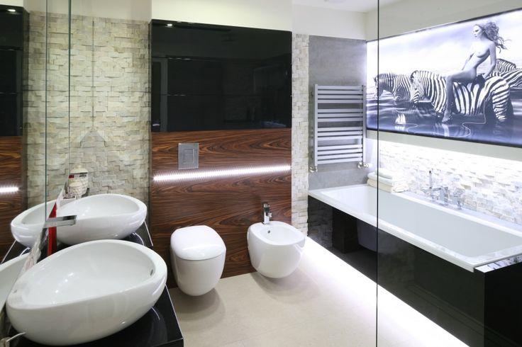 Nisze i wnękiw łazience mogą zastąpić tradycyjne półki, a przy tym…