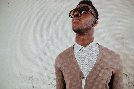 GANESH camicia maniche lunghe in cotone per uomo P/E 2015 Cardigan marrone in cotone per uomo P/E 2015 PAOLO PECORA http://www.rionefontana.com/it/639-abbigliamento-uomo-2015-p-e-outfit-fashion-eager