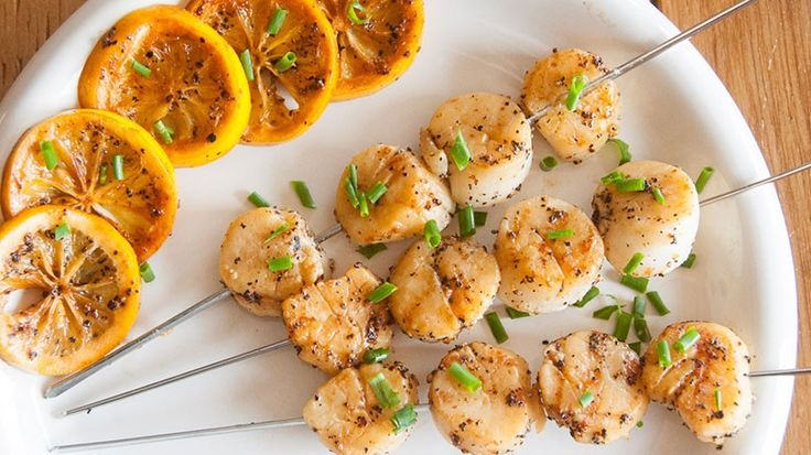 If you like scallops, why not try them on the grill? Here's how.