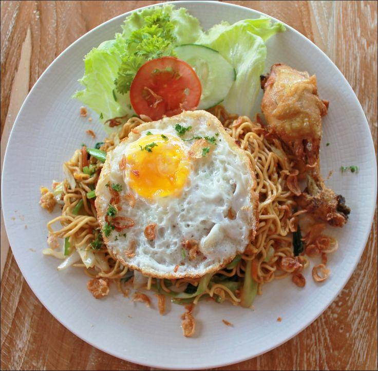 NASI GORENG or MI GORENG With Chicken & Fried Egg