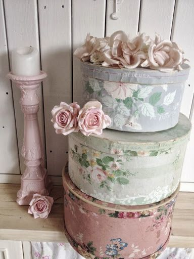 Hat boxes don't have to be boring, these compliment a rooms decor perfectly!
