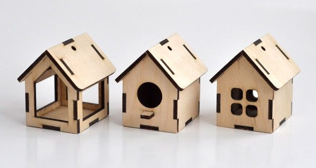 Small wooden houses - free vector templates for laser cut | Cartonus