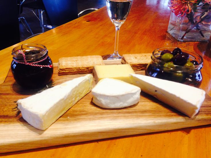 Simonsig Cheese Board ➕ Brut Cuvée Royale👌MCC