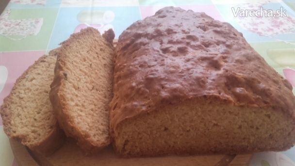 Rýchly špaldový chlieb - bez kysnutia (fotorecept)