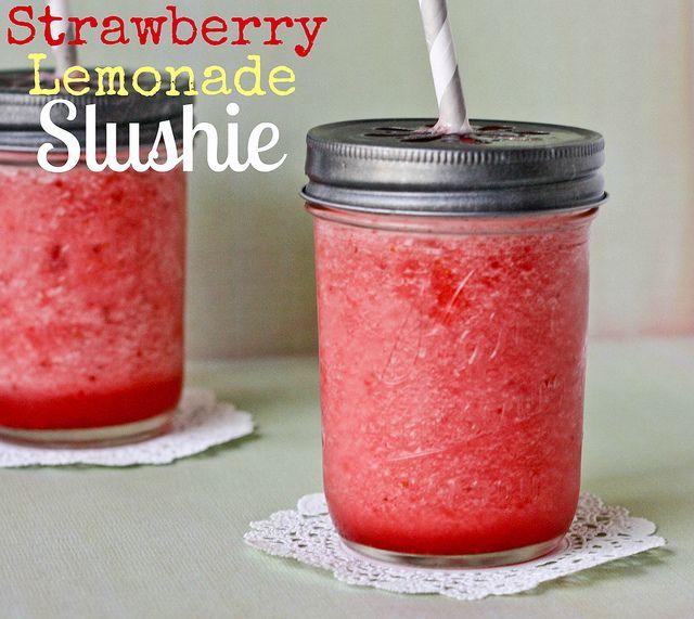 strawberry lemonade slushies: Cocktails Friday, Lemonade Kristan, Kristan Roland, Lemonade Slushies, Strawberry Lemonade, Sound Yummy, Mason Jars, Food Drinks, Strawberries Lemonade Yummy