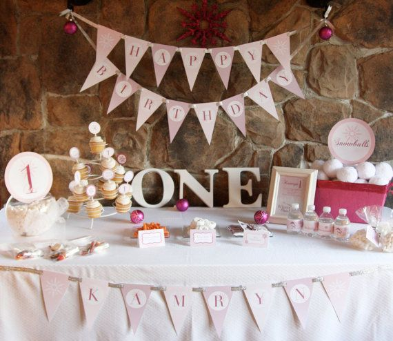 Winter onederland birthday party theme baby girl 39 s first for 1 year birthday decoration