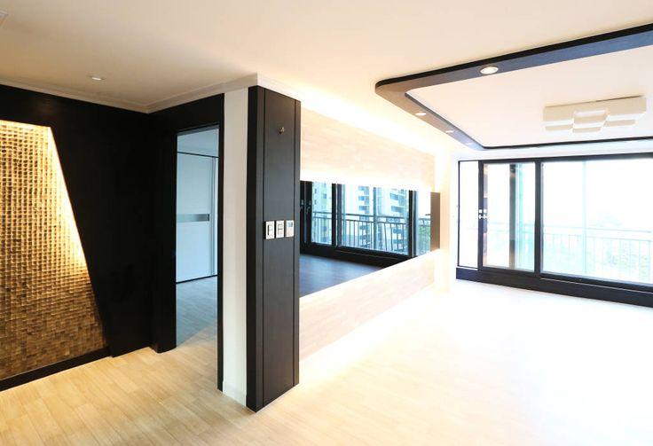 현대적인 디자인에 세련된 감각을 더하는 아파트 인테리어 (출처 Juhwan Moon)