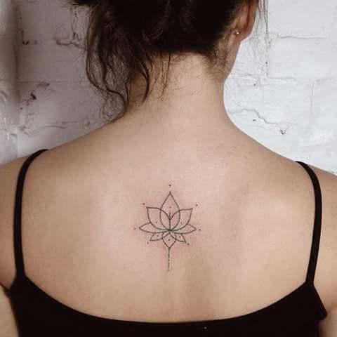 Mejores 19 imgenes de Ideas de tatuajes en la espalda para mujeres