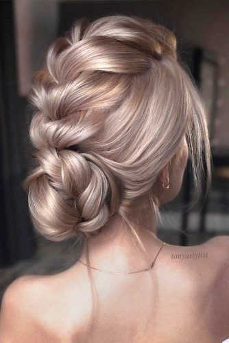 24 INCREDIBLY GORGEOUS PROM HAIR STYLES TO SHOW OFF