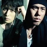 男性アーティストの中で、歌唱力が高いアーティストと言えば「ケミストリー」でしょう。    http://torevo.jp/