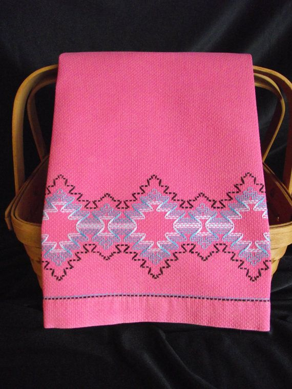 Vintage Swedish Weave Pink Huck Toweling Hand by AnneMariesAttic, $9.50