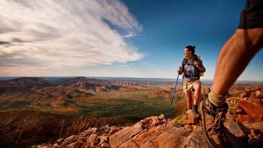 Brinkling Bluff, Larapinta Trail, West MacDonnell Range National Park, Alice Springs, Northern Territory, Australia