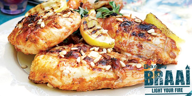 Braai chicken should feature at every South African camp fire! ✿◕‿◕✿ Here's how to make it crisp on the outside and cooked in the middles!