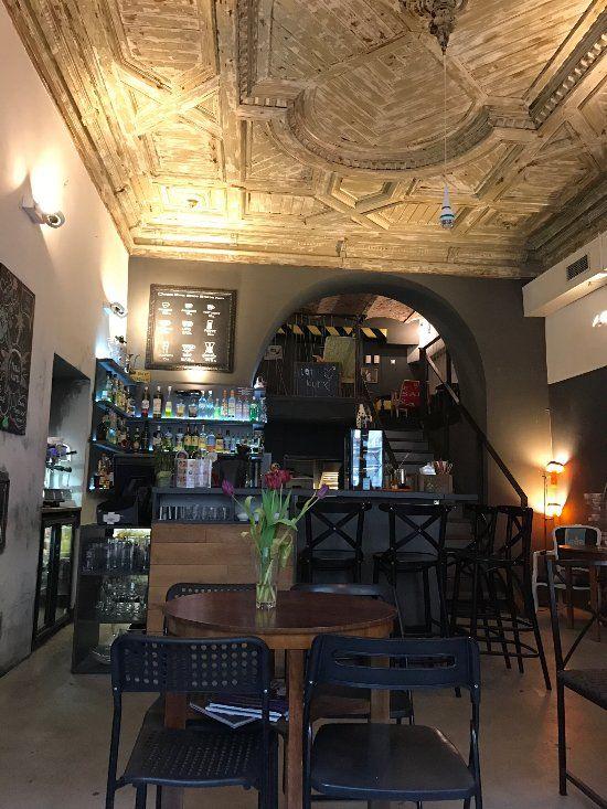 Lot Kury Wroclaw Recenzje Restauracji Tripadvisor Bar