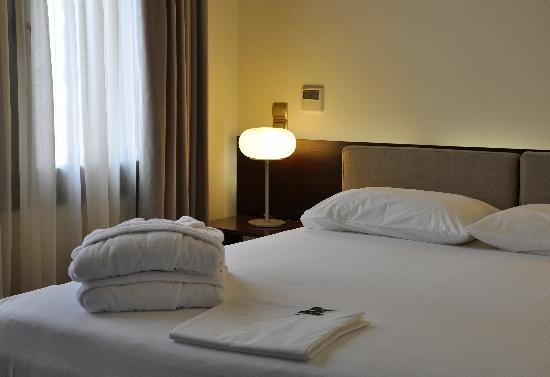 Krinos Suites Hotel #luxury #cocomat #krinossuiteshotel #krinoshotel #andros #batsi #Cyclades #Greece #visitgreece #holidays #achla #micraagglia #micraanglia