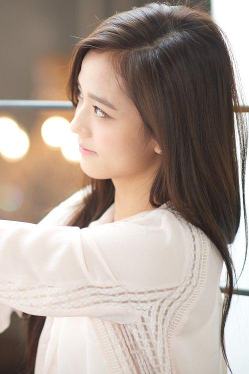 Haneul Hwang (portrayed by Kim Jisoo) | Haneul Hwang