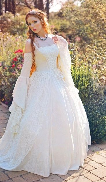 Gwendolyn Medieval or Renaissance Wedding Gown by RomanticThreads, $525.00