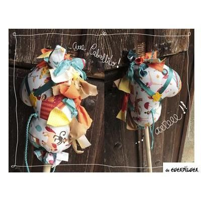 #ilovepitita #cucapiluca #caballito de tela y palo de madera