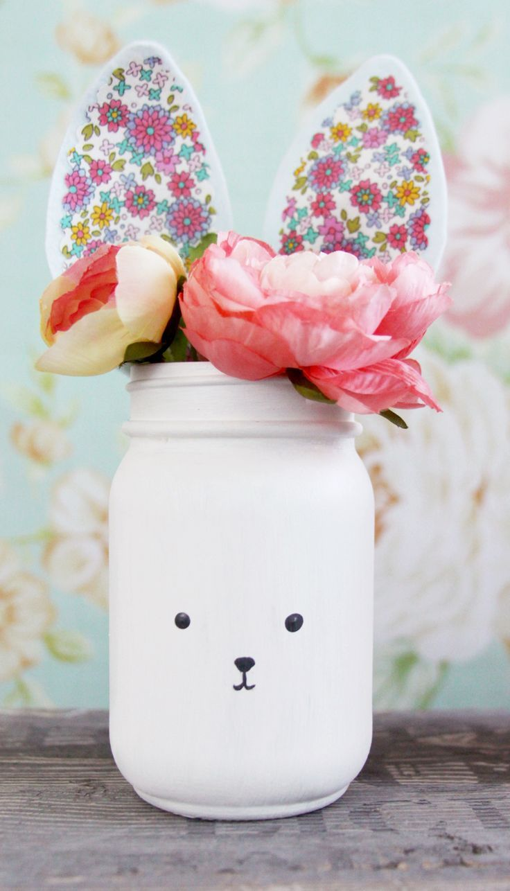 Bunny Mason Jars - These little fabric and felt bunny mason jar vases are so simple to make and they are a perfect project to add a little Spring to your decor!