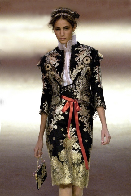 Christian Lacroix Haute Couture Spring summer 2006