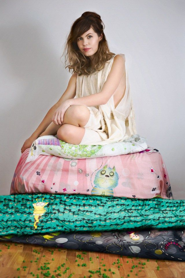 THE PRINCESS AND THE PEA | Hats on clouds | Fashion editorial | Fashion photography | Marabeca scarves