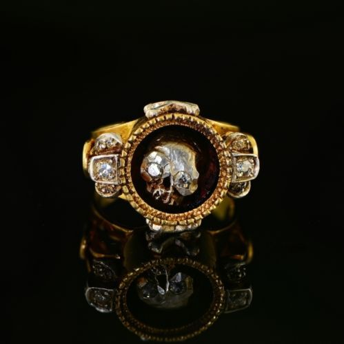 Diamond Antique Skull Ring