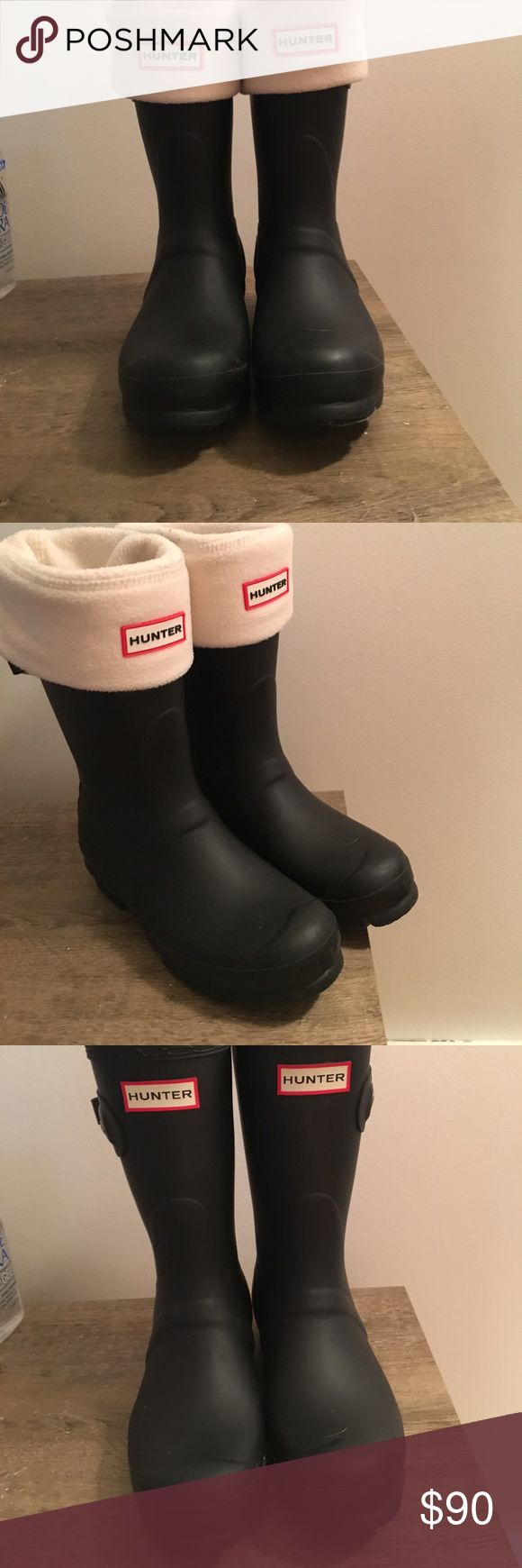 New Women's Hunter Boots Size 6- Plus boot covers! Matte Black hunter boots. Never been worn, doesn't have box or tags. Hunter Boots Shoes Winter & Rain Boots