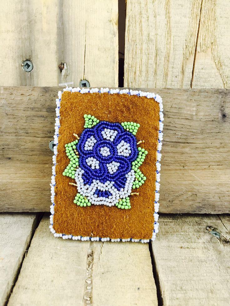 Moosehide cardholder with blue and white flower beadwork #Esawa #Cardholder #Handmade #Beadwork