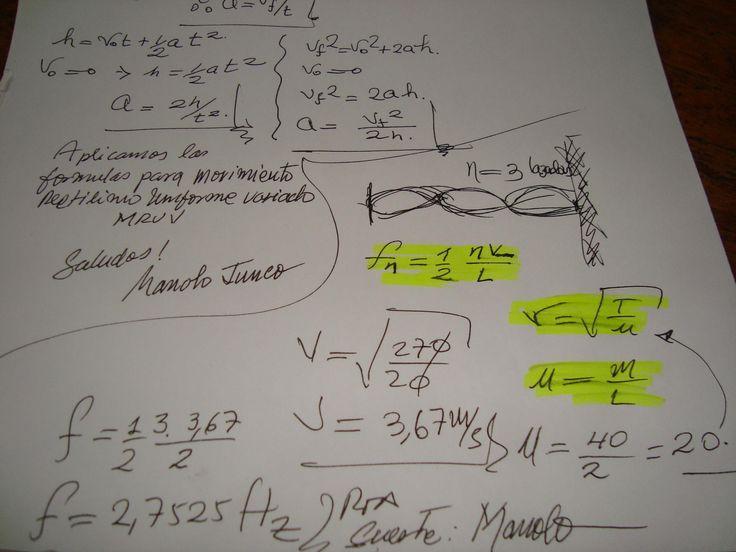¿Una cuerda de 40 g y 2 m de longitud vibra en tres lazadas. La tensión en la cuerda es de 270N.? Una cuerda de 40 g y 2 m de longitud vibra en tres lazadas. La tensión en la cuerda es de 270N. ¿Cuál es la longitud de onda? ¿Cuál es la frecuencia? Con procedimiento, por favor. Me bloqueé, llegué hasta la velocidad :S
